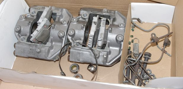 Atelier-Amedee-mecanique auto Perpignan Citroen SM de course 12