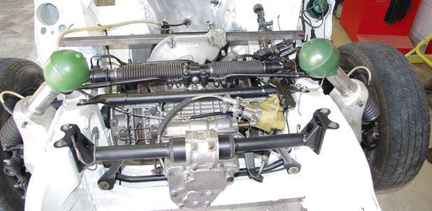 Atelier-Amedee-mecanique auto Perpignan Citroen SM de course 19